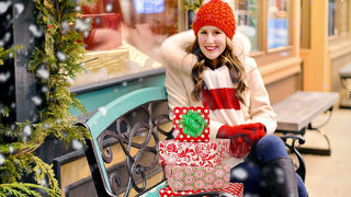 Holiday shopping hours at Charlotte-area malls