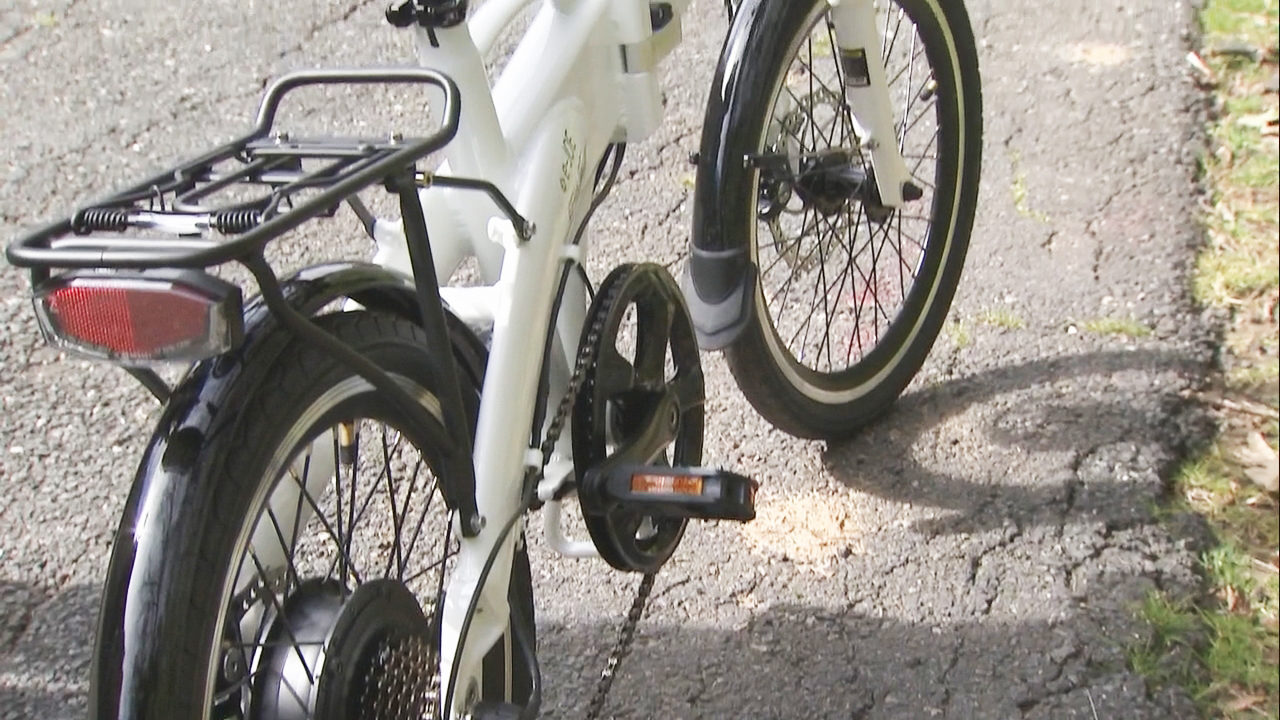 NC BICYCLE BILL: New bill would require North Carolinians to