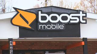 Boost Mobile in west Charlotte robbed at knifepoint