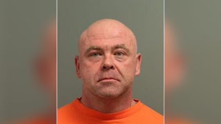 South Carolina police officer arrested for allegedly breaking into home