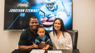 Jonathan Stewart signs one-day contract to retire a Panther