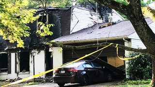 6 children, 4 adults escape as flames engulf east Charlotte home