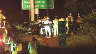 Driver killed, 2 passengers hurt when car slams into pole on I-77 in Huntersville