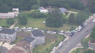 SWAT standoff in south Charlotte delays some students from returning home