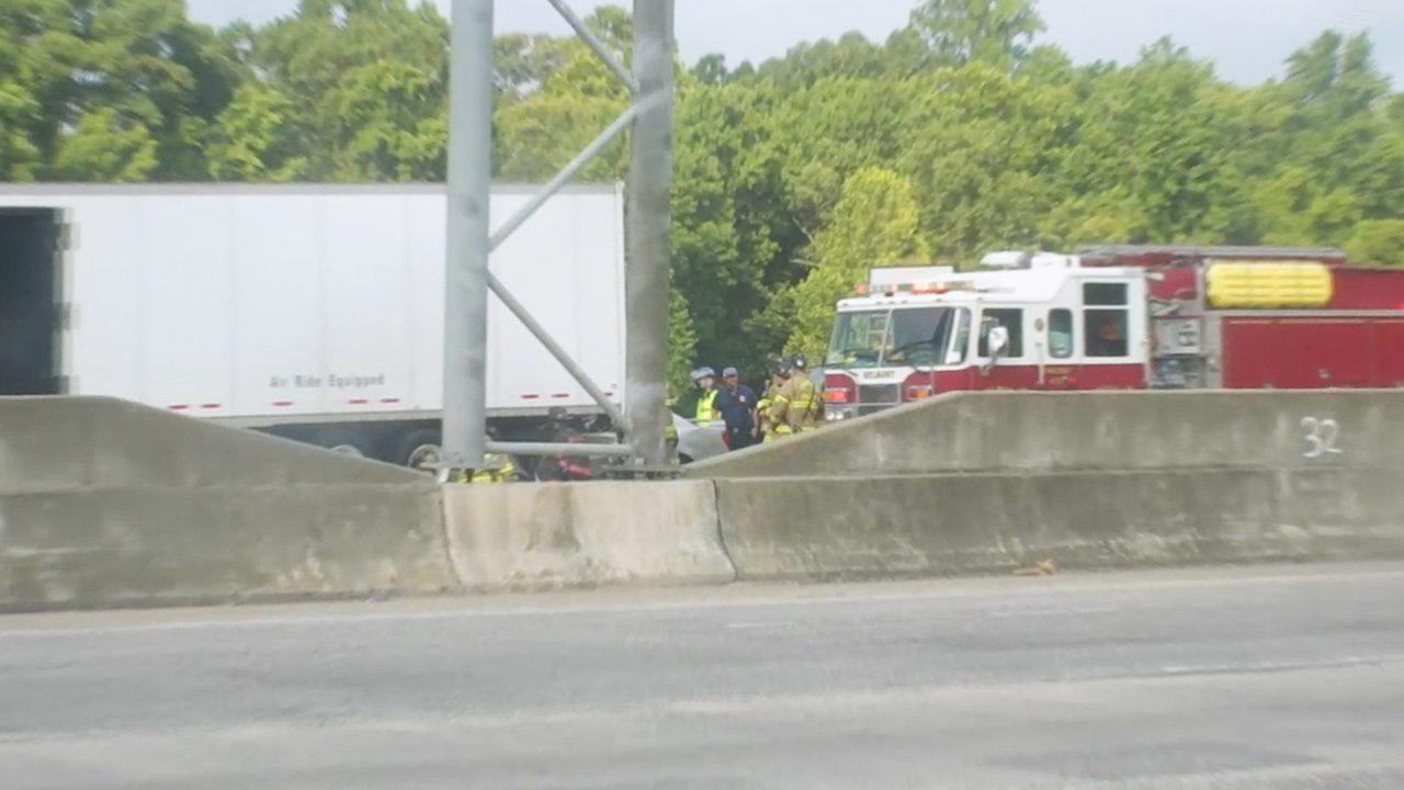 CHARLOTTE I-85 FATAL CRASH: Troopers: Woman killed after slamming