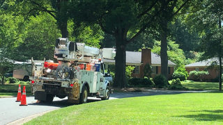 Thousands still without power across Charlotte area after weekend storms