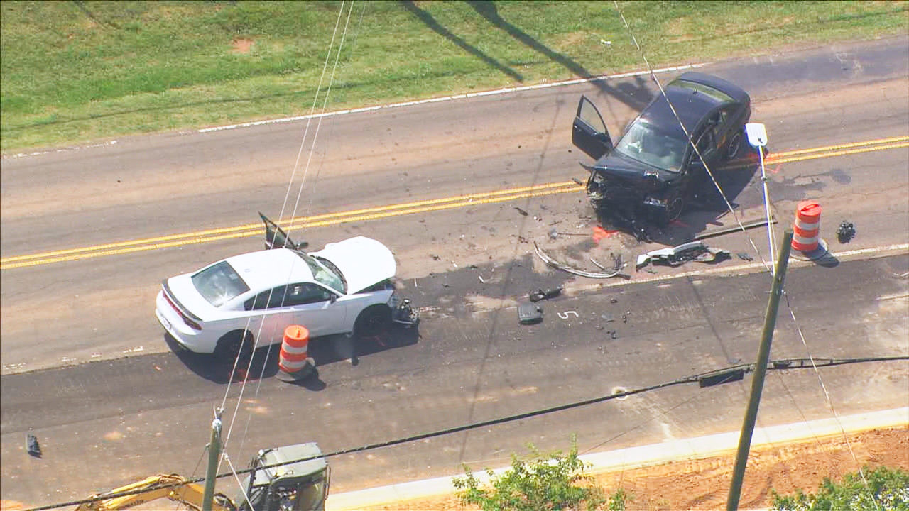 Driver in deadly northwest Charlotte wreck suspected of