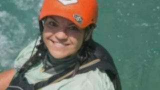 Experienced skydiver who wrote adventure blog dies in landing accident