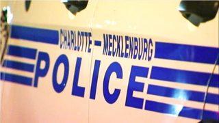 Choque en carretera deja gravemente herido a niño pequeño, según policía
