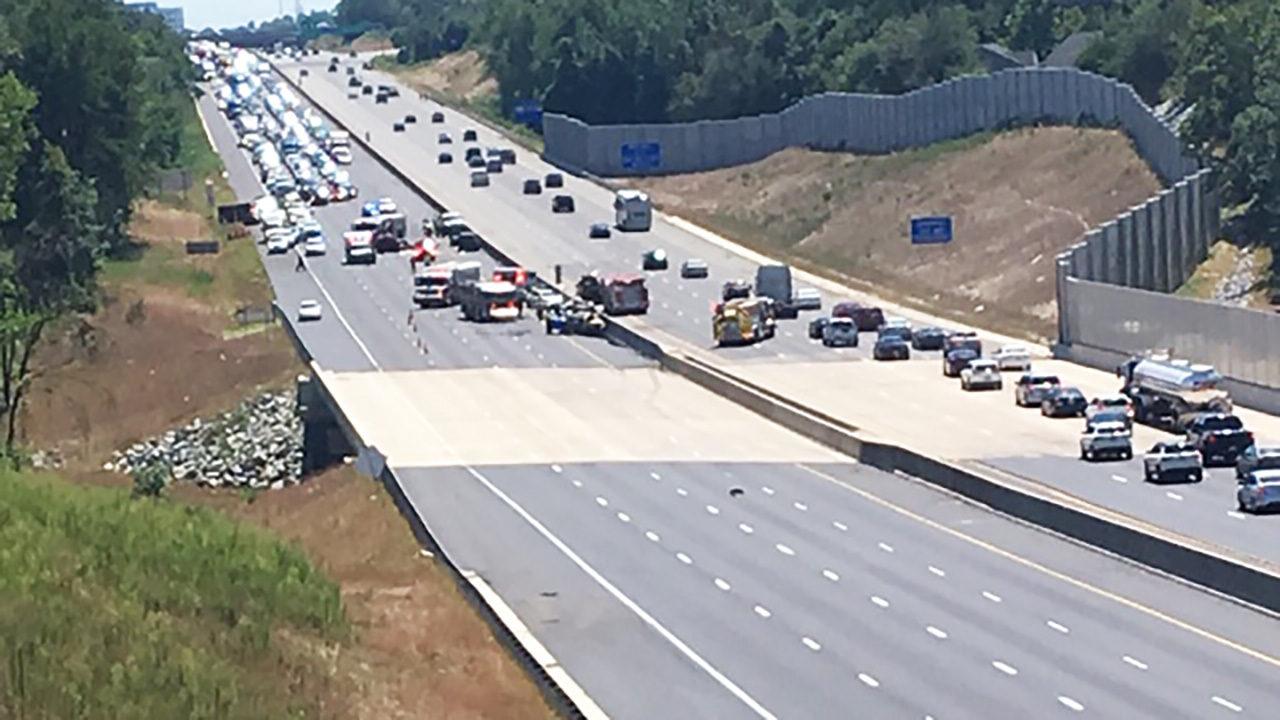 I-85 CRASH: Serious crash closes portion of I-85 in Cabarrus